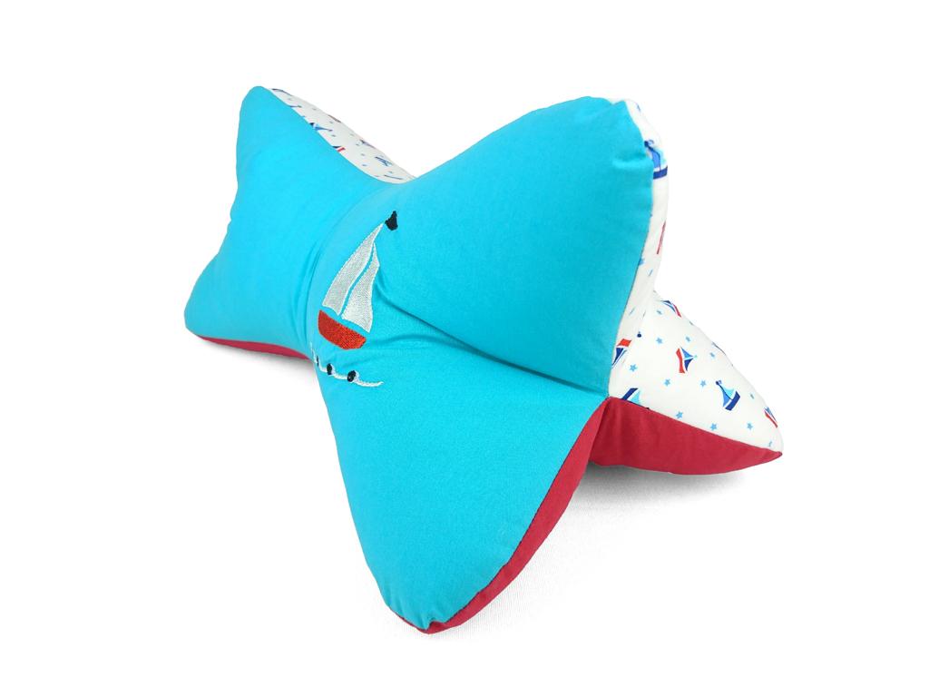 Leseknochen-Segelboot-türkis-Seitenansicht